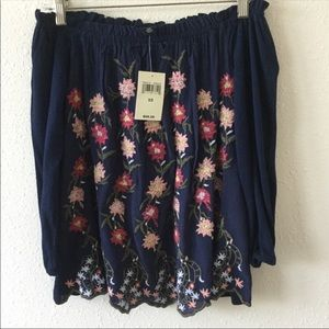 NWT Lucky OTS Top, XS
